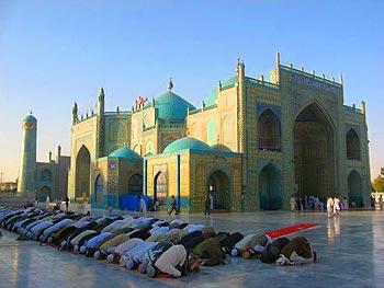 MosqueMazar - Seb MacKinnon