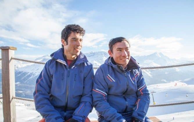 afghan-skiers
