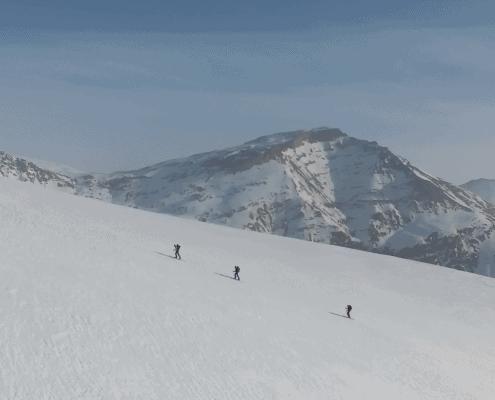 Adventure not war - skiing